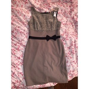 Bailey 45 dress size small